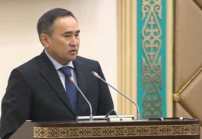 А.мырзахметов представил депутатам сената изменения и дополнения в земельное законодательство