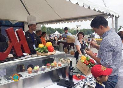 Astana food and fashion festival проходит в столичном парке