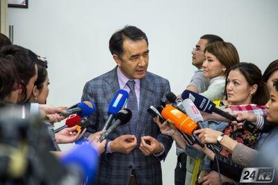 Б.сагинтаев: принимаются все предложения и вопросы, связанные с земельными реформами