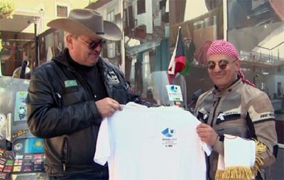 Байкер преодолел 7500 км от персидского залива до казахстана