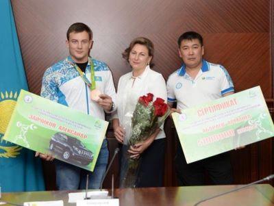 Бронзовому призеру олимпиады-2016 зайчикову подарили внедорожник