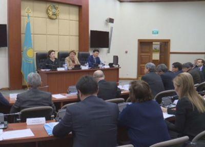 Депутаты предлагают отложить внедрение медстрахования на 2019 год