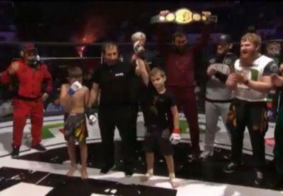 Десятилетний сын кадырова за 14 секунд нокаутировал соперника в своем первом бою (видео)