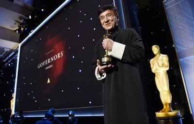 Джеки чан получил «оскар» за выдающийся вклад в кинематограф