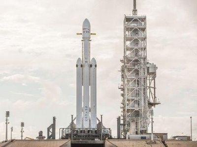 Falcon heavy. марс становится ближе