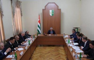 Хаджимба: цифры свидетельствуют, что ситуация вабхазии улучшается - «экономика»
