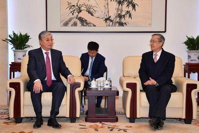 К.токаев встретился с китайскими политологами