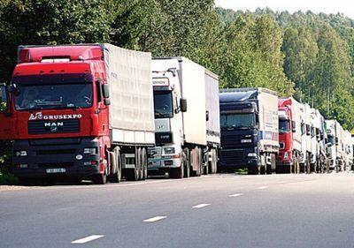 Казахстанские фуры более двух недель стоят на российско-белорусской границе