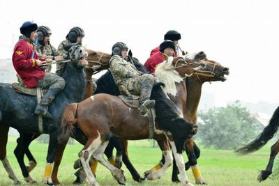Команда вооруженных сил по кокпару одержала первую победу