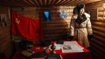 Корреспондент «газеты.ru» побывала в недавно открывшейся в подмосковье «партизанской деревне»