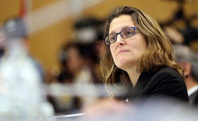 Министр иностранных дел фриланд отвергла предложение москвы снять наложенный на нее запрет на въезд в россию - «экономика»