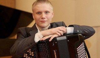 Музыкант из вологды стал лучшим баянистом в мире