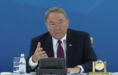 Н.назарбаев: за семейными предприятиями большое будущее