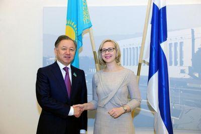 Н.нигматулин провел встречу с руководством парламента финляндии