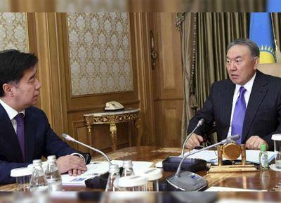 Нурсултан назарбаев провел встречу с алиханом байменовым