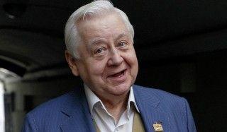 Олег табаков получил премию имени олега табакова