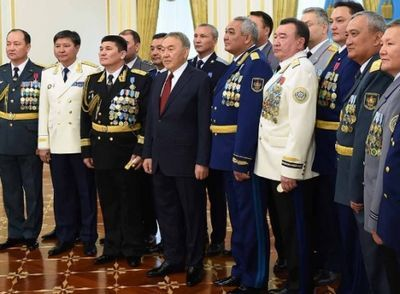 Ордена, медали и новые погоны вручали в акорде