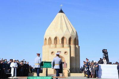 Останки кейки батыра предали земле в костанайской области