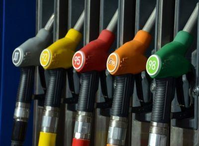 Павлодарские водители столкнулись с дефицитом бензина и дизтоплива