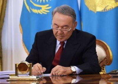 По поручению главы государства г.абдыкаликова вручила стипендии первого президента республики казахстан в области культуры