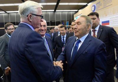 Подробности первого дня н.назарбаева на экономическом форуме в санкт-петербурге