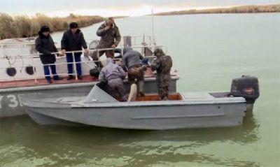 Пограничники задержали на каспии более 100 браконьеров