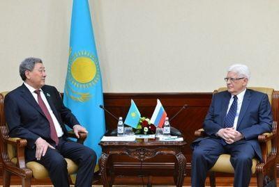 Председатель мажилиса встретился с послом россии в казахстане