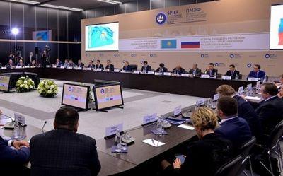 Президент казахстана встретился с представителями деловых кругов рф