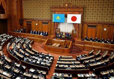 Президент казахстана выступил с речью в парламенте японии