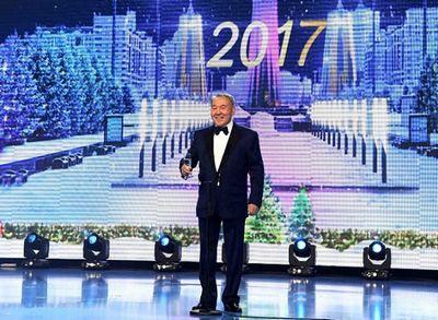Президент рк посетил новогодний благотворительный бал в астане