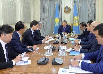 Президент рк встретился с министром финансов специального административного района гонконг