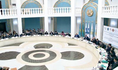 Приграничные ученые исследуют памятники казахстана