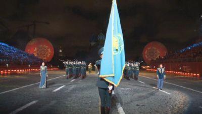 Самобытную национальную программу привезли казахстанские музыканты на фестиваль «спасская башня»