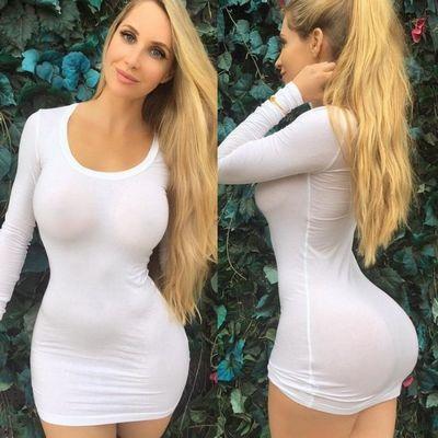 Самые красивые девушки в обтягивающих платьях (20 фото)