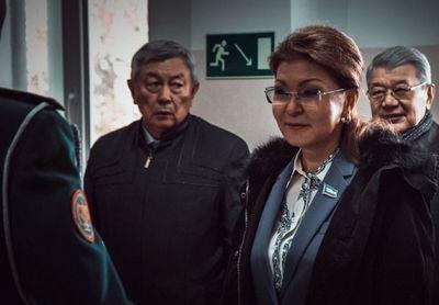 Сенаторы посетили республиканскую школу «жас улан» в алматы