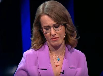 Собчак расплакалась на дебатах видео