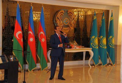Творческий вечер народного артиста казахстана е.хасангалиева состоялся в баку