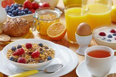 Ученые: отказ от завтрака приводит к ожирению