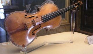 Украденная скрипка страдивари нашлась