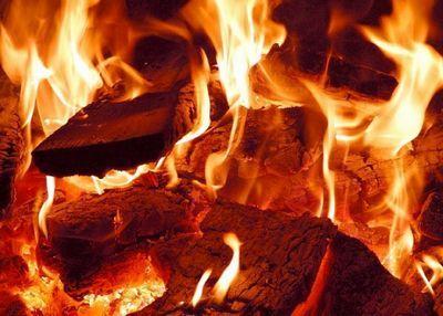 В астане с начала года произошло 595 пожаров, в которых погибли 16 человек