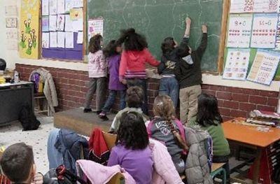 В греции детей беженцев не пускают в школы