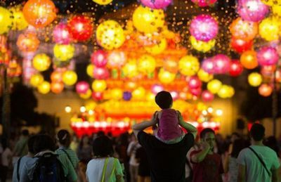 В китае запретили дарить дорогие подарки на праздник луны
