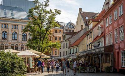 В латвии сложилась ситуация: русские делают бизнес, латыши управляют государством - «экономика»