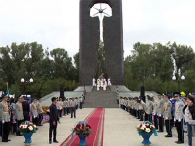 В семее почтили память всех жертв ядерных испытаний