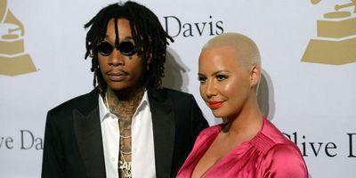 Влюблённые знаменитости, которые познакомились через интернет (10 фото)