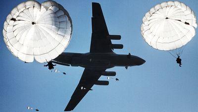 Военные и авиаторы никак не определятся с обликом перспективного военно-транспортного самолета