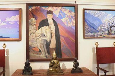 Выставка нью-йоркского музея рериха отправляется в астану