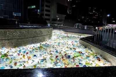 Жители и гости астаны собрали более 1000 пластиковых бутылок для инсталляции